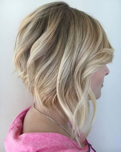 Corte pelo corto atras largo delante