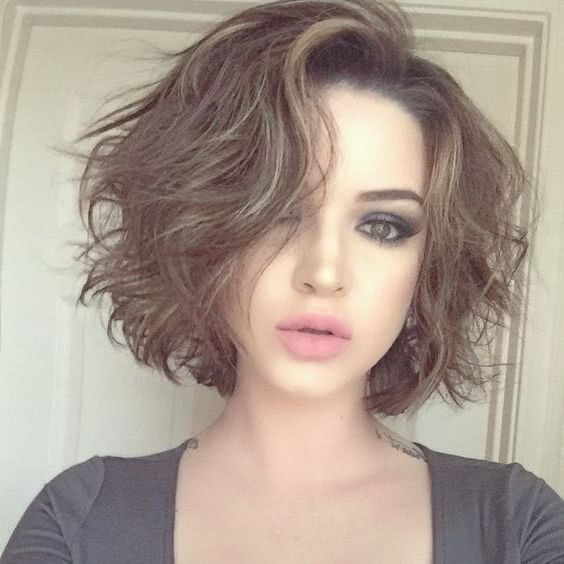 Cortes de pelo despeinados para mujeres